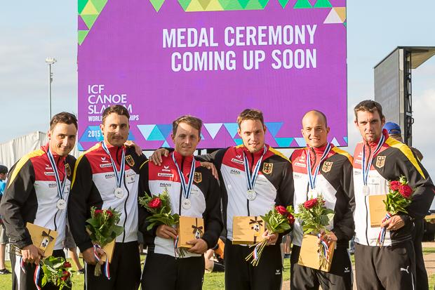 Erfolgreich vereint: Kai, Kevin, Thomas, Robert, Franz und Jan als Vizeweltmeister (Foto: Meyer)